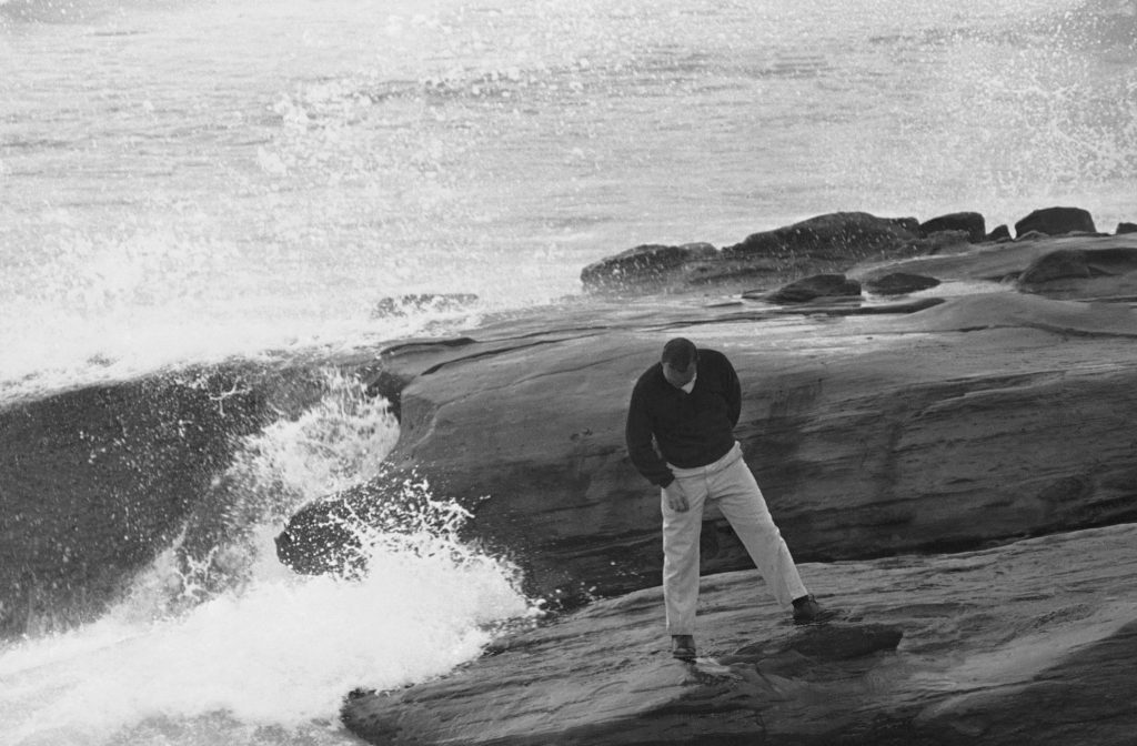 The treacherous 17th hole at Pebble Beach golf course cost Arnold Palmer two strokes, Jan. 19, 1963, Pebble Beach, Calif. Palmer had two-over par five on the hole and a five-over par 77 for the day. His three round total in the National Pro-Amateur golf championship is 217. (AP Photo)